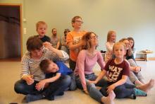 Czas na masażyk. Tym razem dzieci robią masażyk mamom!